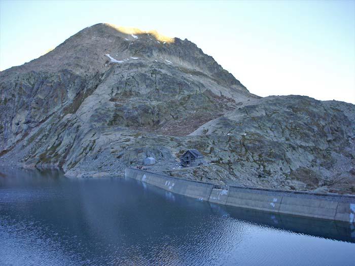 Lac du portillon bagn res de luchon for Portillon haut