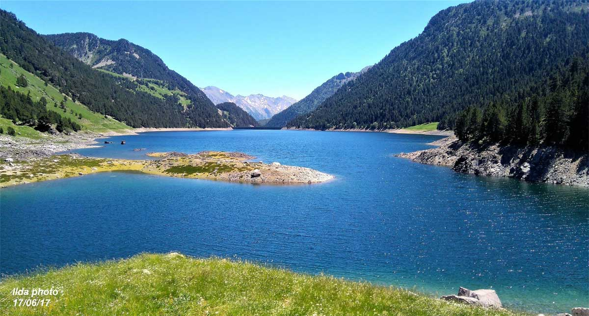 lac de l oule vall 233 e d aure