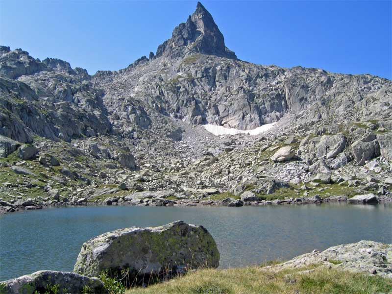 Lacs Des Pyrnes
